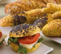 Εικόνα συνταγής για Ψωμάκια Καλαμποκιού με Τομάτα